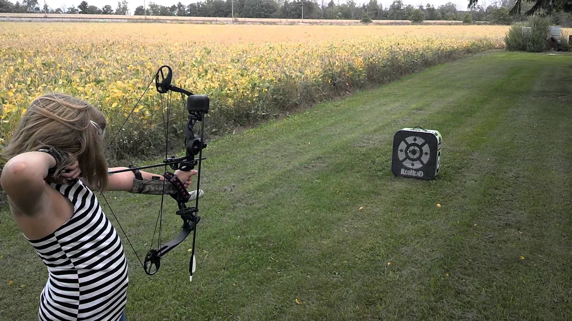 Diamond Atomic Review - Compound Bow Inspection